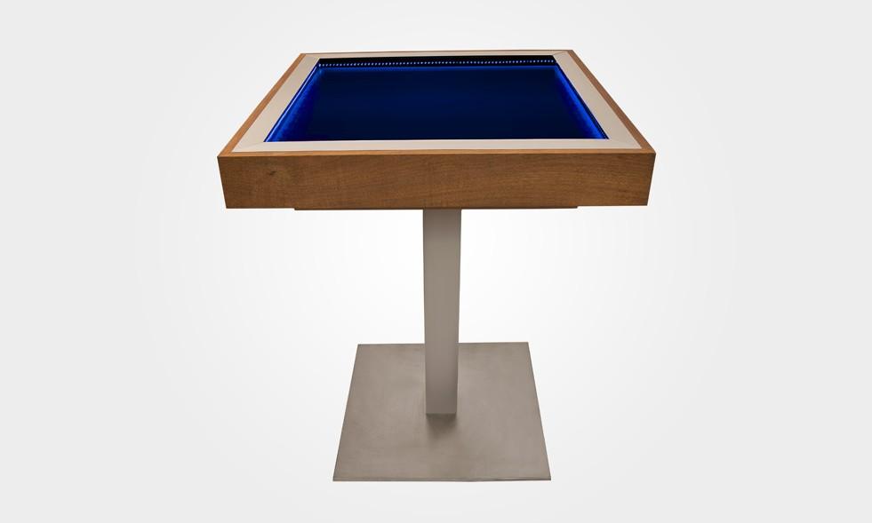 solar; solar table; solaire;table solaire;table solaire batterie;table autonome;look n phil;LOOKNPHIL;Stand;Professionel;event;LOOKNPHIL;design;mobilier;decoration;design d'interieur;evenement;aménagement;